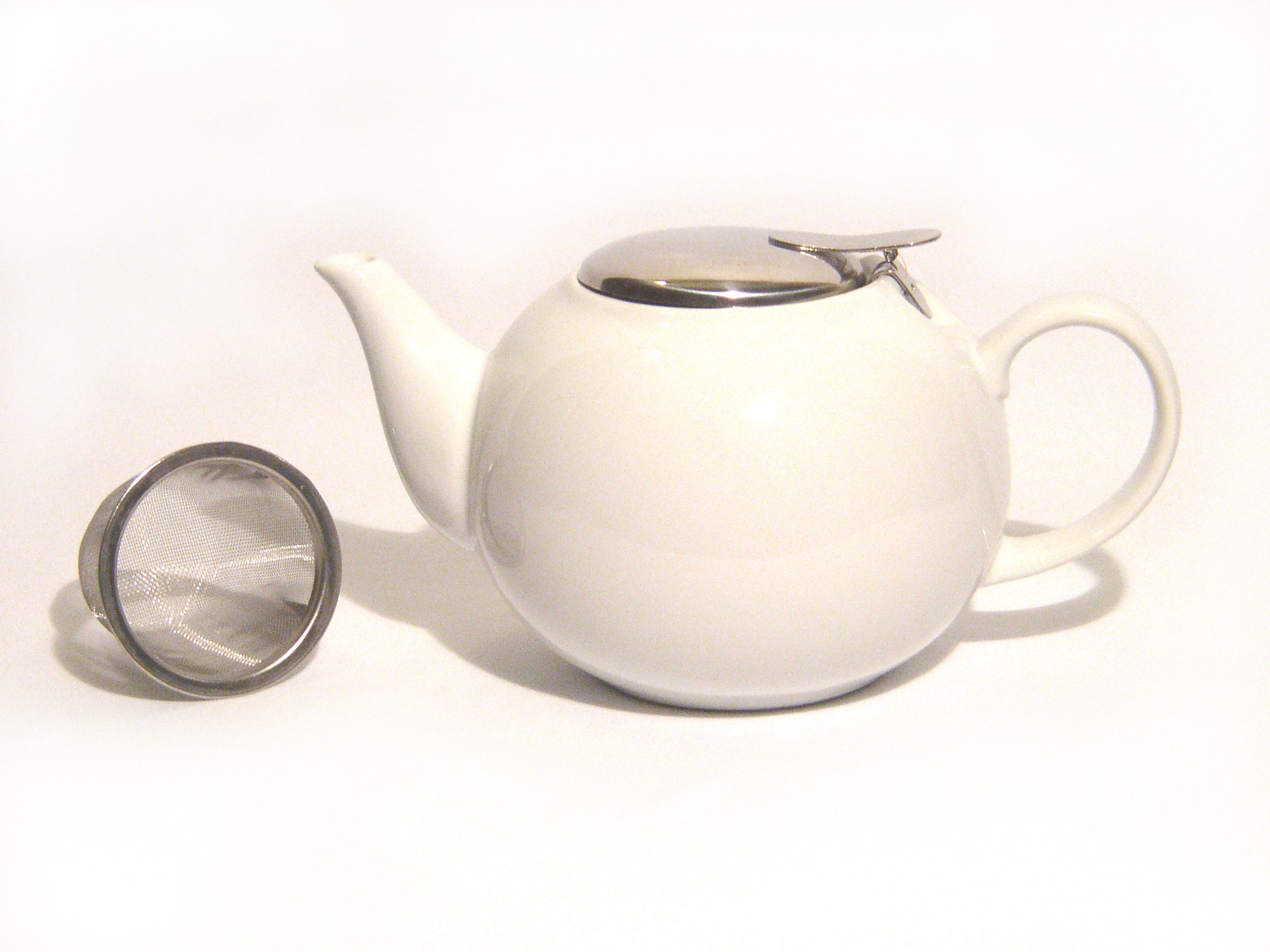 Ceramic Infuser Teapot - White