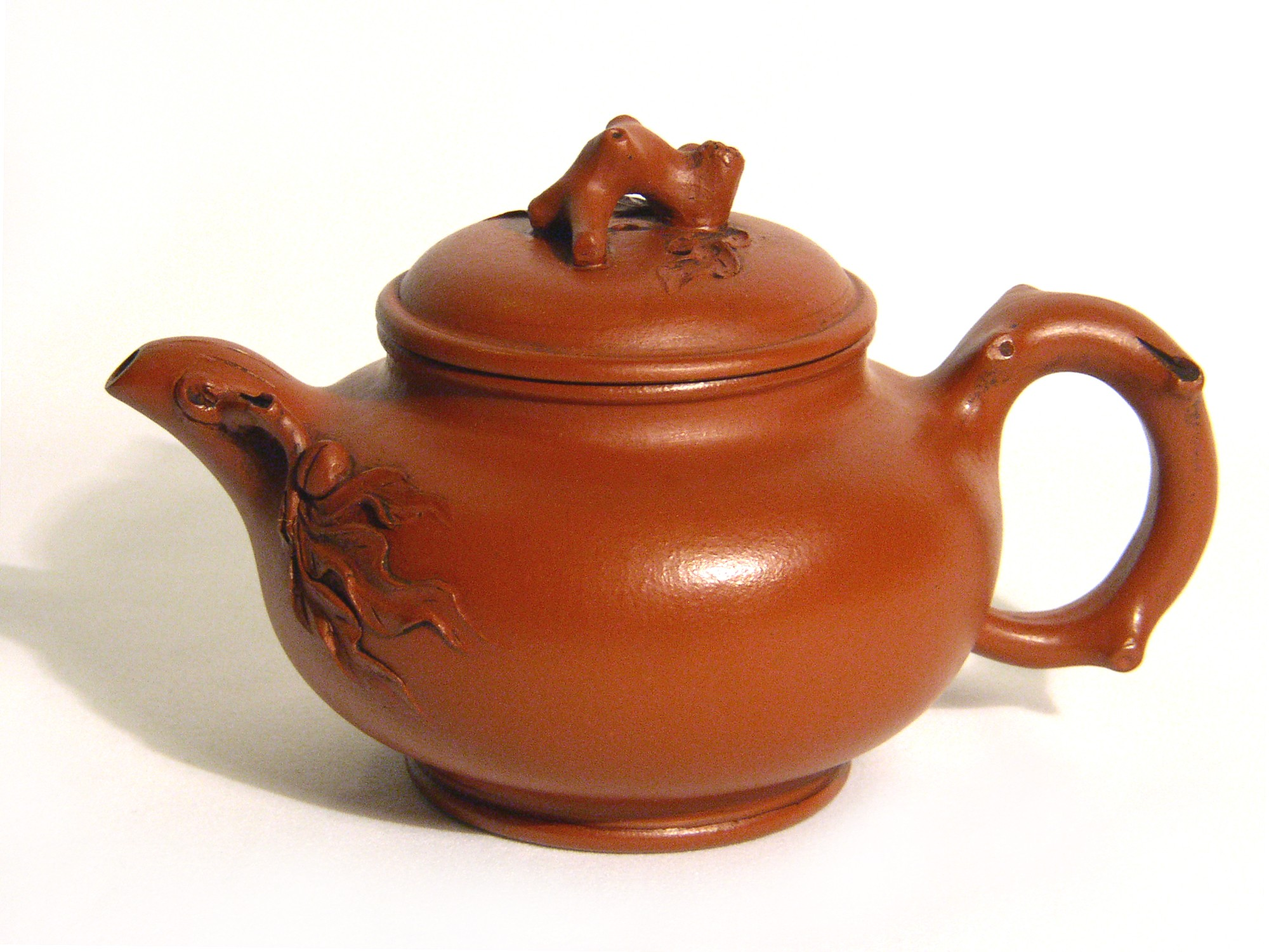 Yixing - Purple Clay Teapot - Twigs and Leaves